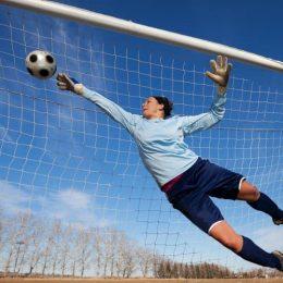 Что такое голкипер? Правила для вратаря в футболе и т.д.